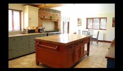 Hand painted Chalon Bespoke kitchen Northamptonshire